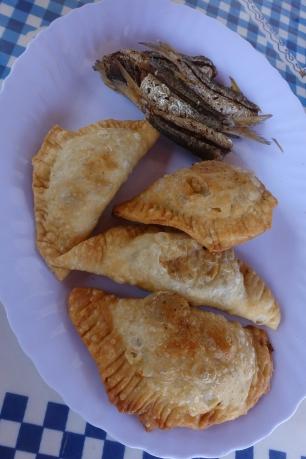 Empanadas und Sardellen